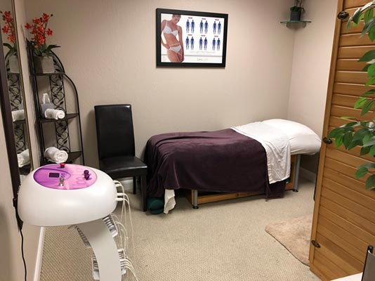 Chiropractic San Ramon CA Massage Table